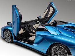 lamborghini aventador price in india lamborghini aventador s roadster india price rs 5 79 crore only