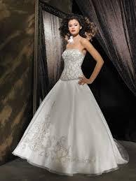 winter wedding dresses 2010 bridal gowns the most beautiful bridal wedding dresses