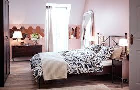 set de chambre ikea chambre chez ikea chambre avec mobilier carreaux miroir tapis