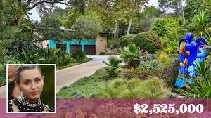 home snoop u2026inside miley cyrus u0027 new 2 5m malibu beach house