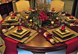 christmas centerpiece ideas for round table awesome christmas tablescapes decoration ideas of round table