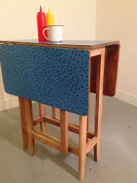 table de cuisine formica ahurissant table cuisine pliante table de cuisine en formica table