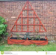 triangular trellis home design inspirations