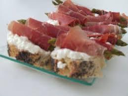 canap au fromage canapé d asperges rôties au fromage frais et au jambon cru recette