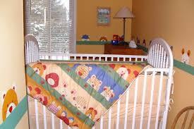 pochoir chambre bébé déco fait déco pochoir pour chambre d enfant