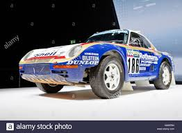 porsche 959 rally porsche 959 stock photos u0026 porsche 959 stock images alamy