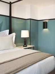 comment peindre sa chambre comment peindre une chambre en deux couleurs newsindo co