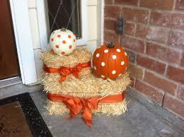polka dot pumpkins and bows pumpkin and hay bale decor for