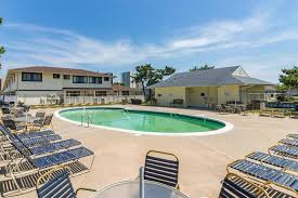 beach club 2 bd vacation rental in ocean city md vacasa