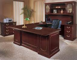 Mahogany Home Office Furniture Engraved Moulding Executive Table In Mahogany Finish Otto