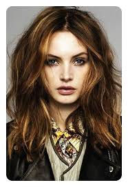 edgy haircuts oval faces 88 beautiful and flattering haircuts for oval faces