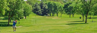 cedar rapids golf