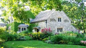houses with flowers ideas nice cottage home house images albgood com