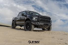 ford raptor jump a ford raptor ready to disrupt some black tie events hre x tag