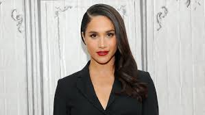 who is meghan markle pret a reporter