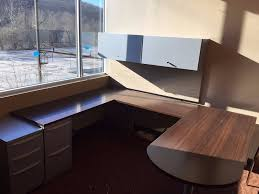 u shaped office desk with hutch cubes2u haworth u shaped private office desk w 2 pedestals u0026 hutch