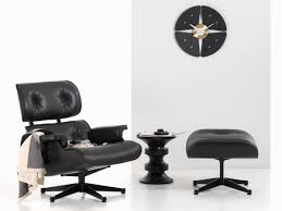 buy the vitra eames lounge chair u0026 ottoman all black at nest co uk