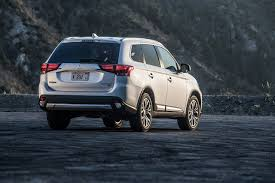 outlander mitsubishi 2018 mitsubishi outlander suv offers more features in 2018 model