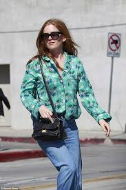 does jamaican mango and isla grow hair fast isla fisher cuts very comfy figure in a pyjama top in la daily