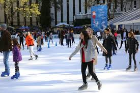 manhattan living free nyc skating and shopping is back