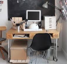 fabriquer un bureau avec des palettes faire un bureau en bois de palette des mod egr