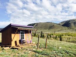 airbnb wyoming 11 best road trips from denver the delicious day