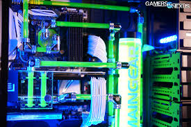 perfect cable management in high end maingear system at pax