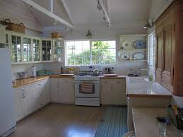 classic vintage kitchen design ideas with nice big kitchen island