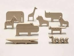 risultati immagini per wooden animal toys animali kenya