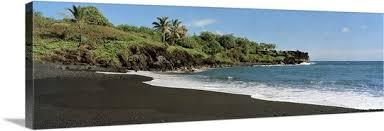 black sand beach hawaii surf on the beach black sand beach maui hawaii wall art canvas