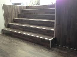 treppe mit laminat laminat treppe pj boden parkett bodenbeläge