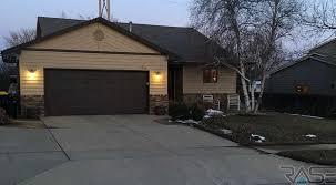 Overhead Door Sioux Falls Sd Lloyd Companies Residential Details