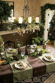 How To Decorate A Chandelier 39 Christmas Chandeliers And Chandelier Decor Ideas Digsdigs