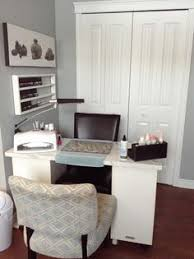 Home Salon Decorating Ideas De Clutter Your Manicure Table Salon Ideas Pinterest Clutter