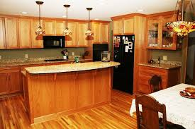 Oak Kitchen Cabinets Spruce Up Ideas With Elegance And Versatility - Hardwood kitchen cabinets