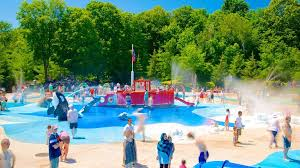 splash island at toronto zoo water parks in ontario