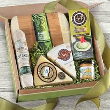 meat and cheese gift baskets favorites meat and cheese gift box