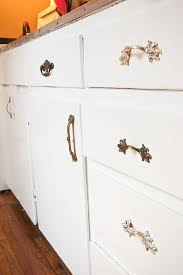 how to mix and match kitchen hardware the s in the details how to coordinate hardware for a