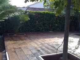 terrasse suspendue en bois bois de coffrage