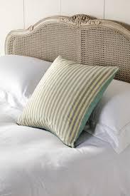 Box Cushion Pads How To Arrange Cushions On A Sofa Or Bed Oka