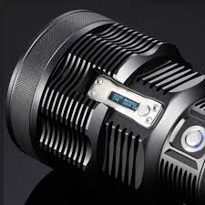 le torche nitecore rechargeable tm36 1800lumens le torche