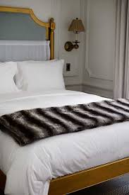 How To Make Your Bed Like A Hotel The Trick Hotels Use To Smooth Out Wrinkled Bed Sheets Good