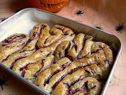 20 delicious halloween food ideas that will disgust and terrify