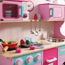 cuisine en bois enfant cuisine enfant bois 50 idées pour surprendre votre
