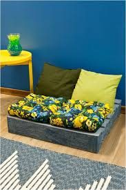 Pallet Sofa Cushions by Diy Wood Pallet Furniture Ideas 4 Easy Projects For Home And Garden