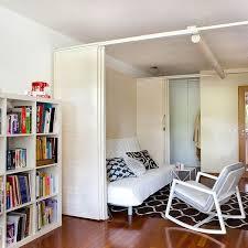 chambre de sejour aménager une chambre dans le salon côté maison