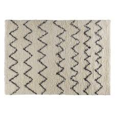 Small Bedroom Rugs Uk Flokati Large Cream And Black Zig Zag Rug 170 X 240cm Zig Zag