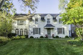 colonial style home in glencoe 1 08m chicago tribune
