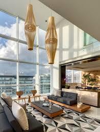 Moderne Leuchten Fur Wohnzimmer Große Fensterfront Innen Für Tollen Ausblick Auf Mexiko City