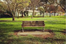 Park Benches Park Bench Instagram Account Reflects Melbourne Man U0027s Deep Seated